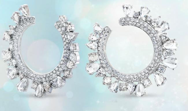 A. Link 18k Diamond Wreath Earrings.