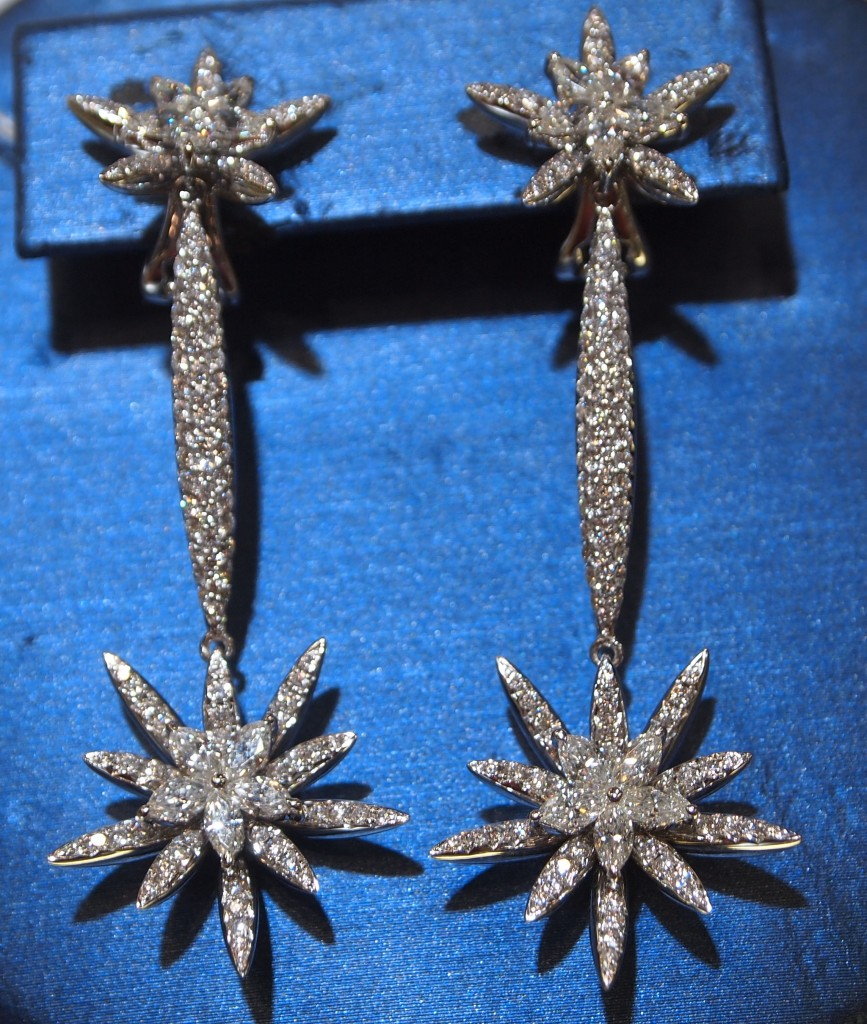 Vanna K 18k White gold and diamond starburst earrings