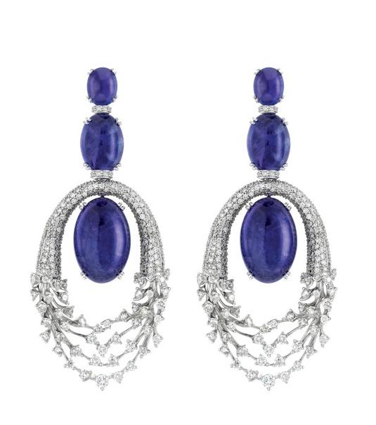Luminus earrings in18K White Gold with Diamonds and Tanzanites. Designer: Hueb
